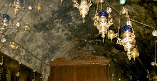 15.Interno Chiesa Tomba Vergine